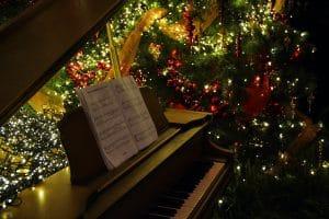 Noten für Weihnachtslieder auf dem Klavier: Meine Top 3