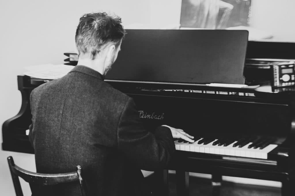 Fehlerfrei Klavier spielen in 5 Schritten