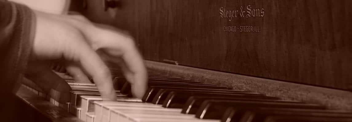 Klavier Sepia